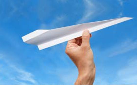 Hand_Papier